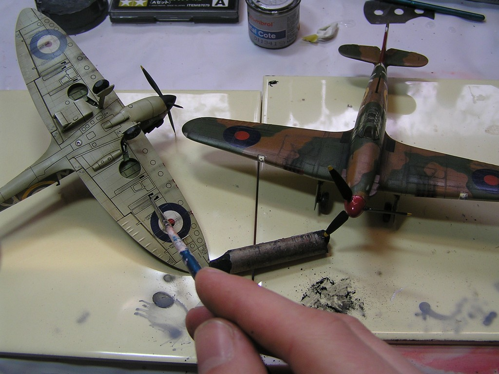 How to build a plastic model - pigments