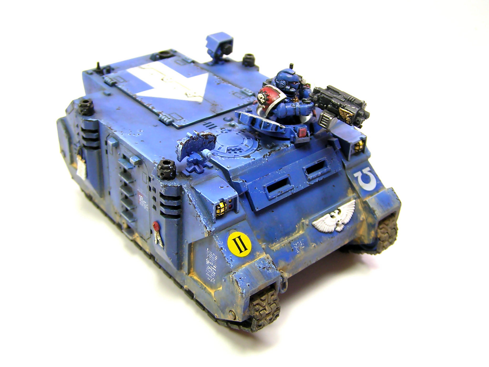 model Warhammer 40000 Space Marine Rhino